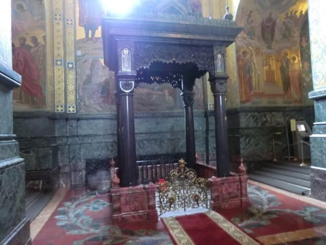 San Pietroburgo - Chiesa del Salvatore sul Sangue Versato, Baldacchino nel luogo dell'uccisione di Alessandro II