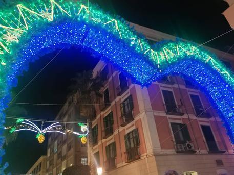 Salerno Luminarie arco cuore